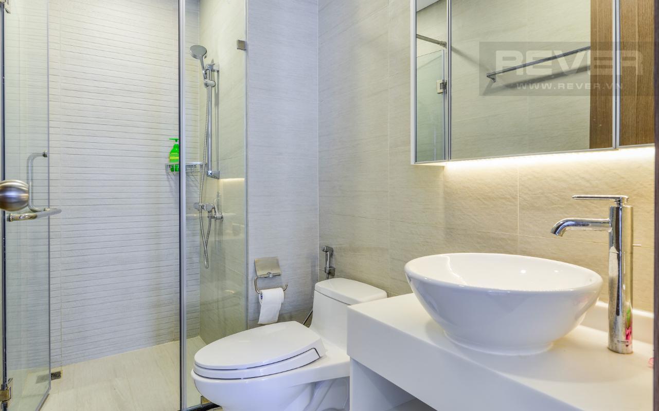 Phòng tắm 1 Căn hộ The Park tầng cao tháp P5, nhìn về sông Sài Gòn