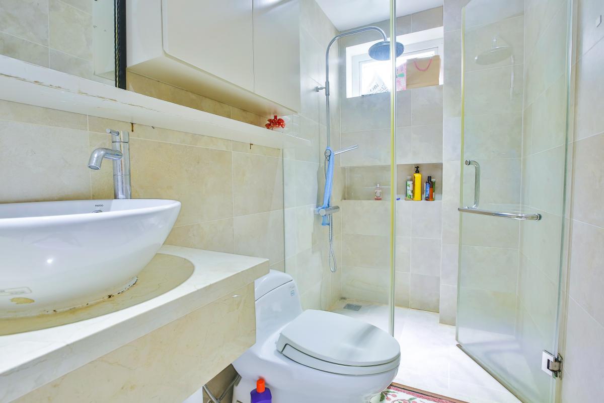 Phòng tắm 2 Villa sân vườn Nam Thông 3