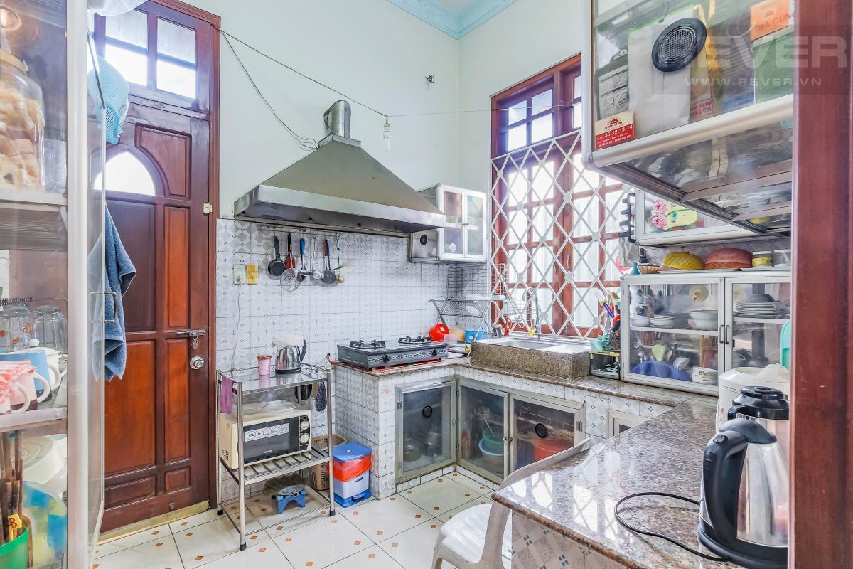 Phòng bếp Villa 3 tầng Đường số 12 Trần Não