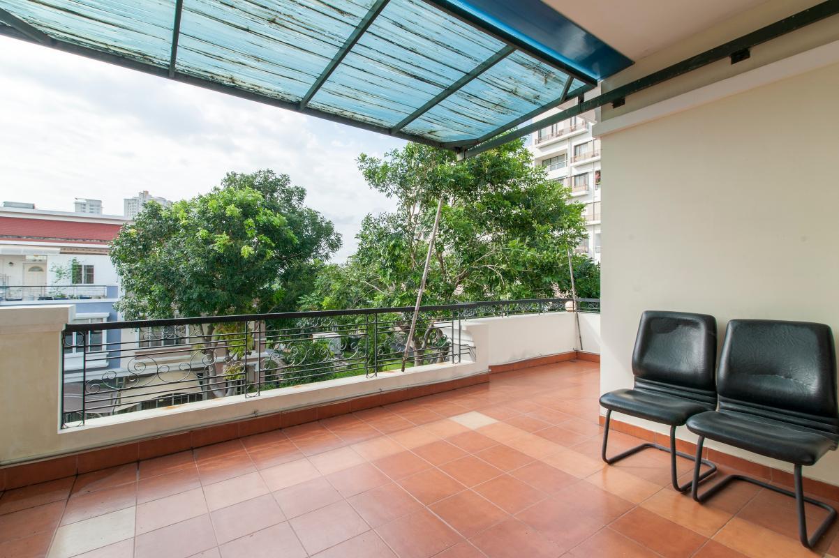 Ban công rộng rãi Villa 3 tầng Mỹ Thái 3