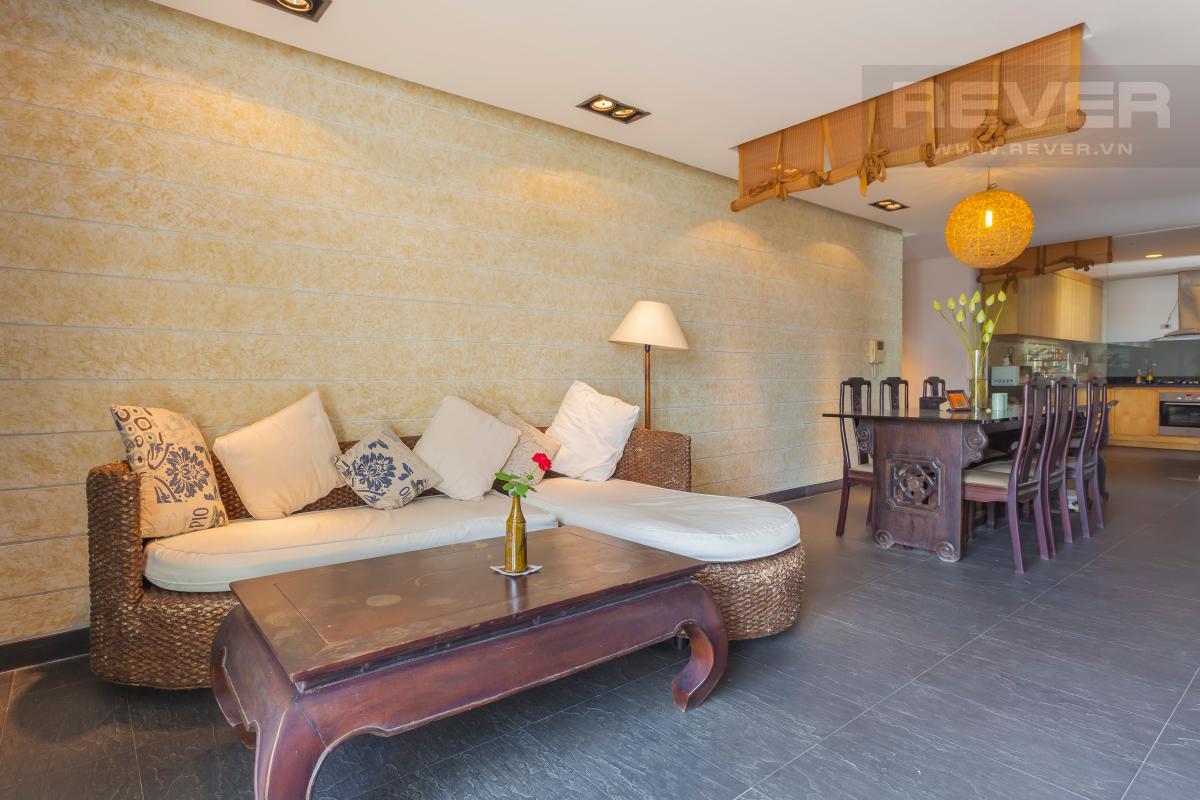 Bộ bàn ghế sofa bằng cây mây và gỗ tự nhiên khá độc đáo Căn hộ duplex Cảnh Viên 1 tầng thấp AB1 hướng Tây, 3 phòng ngủ