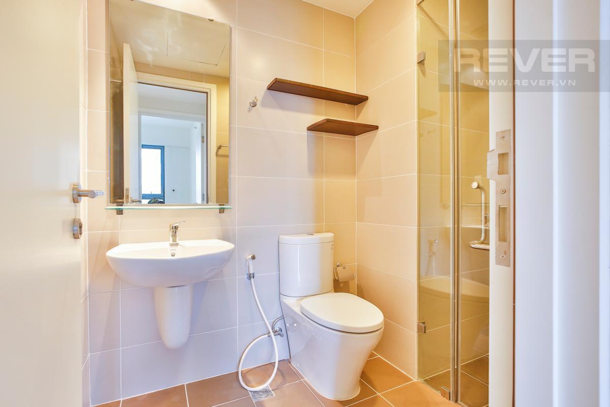 Phòng tắm 1 Căn hộ 2 phòng ngủ hướng Đông Nam T1A Masteri Thảo Điền