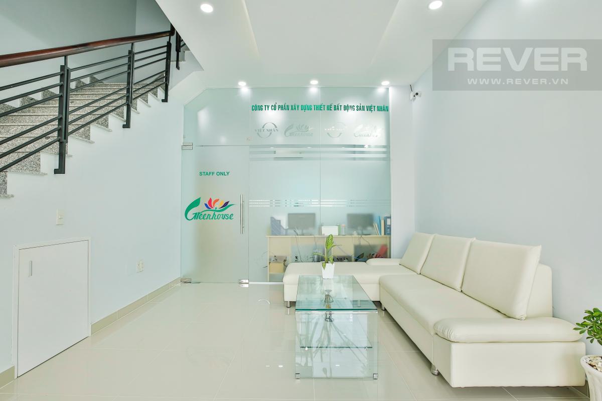 Căn hộ dịch vụ Green House Phú Hữu