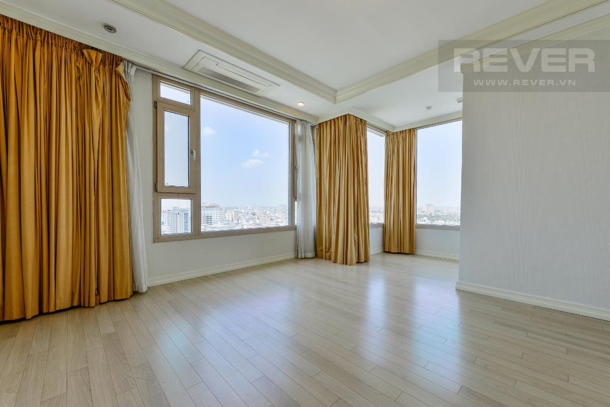 Phòng ngủ góc ở tầng trên Penthouse 2 tầng hướng Tây Bắc Cantavil Hoàn Cầu