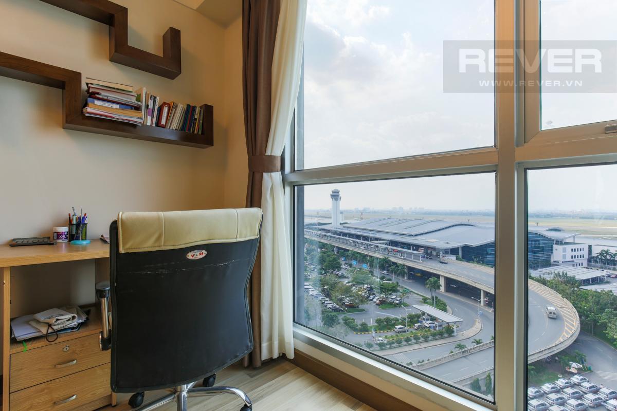 View Phòng Master Căn hộ hướng Tây Bắc tầng cao B1 Saigon Airport