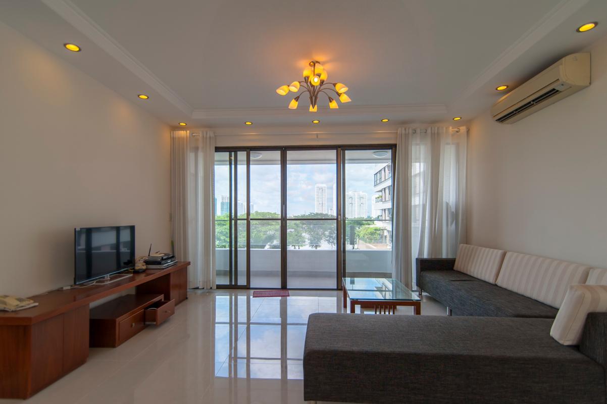 Phòng khách Căn góc tầng cao tháp B The Panorama