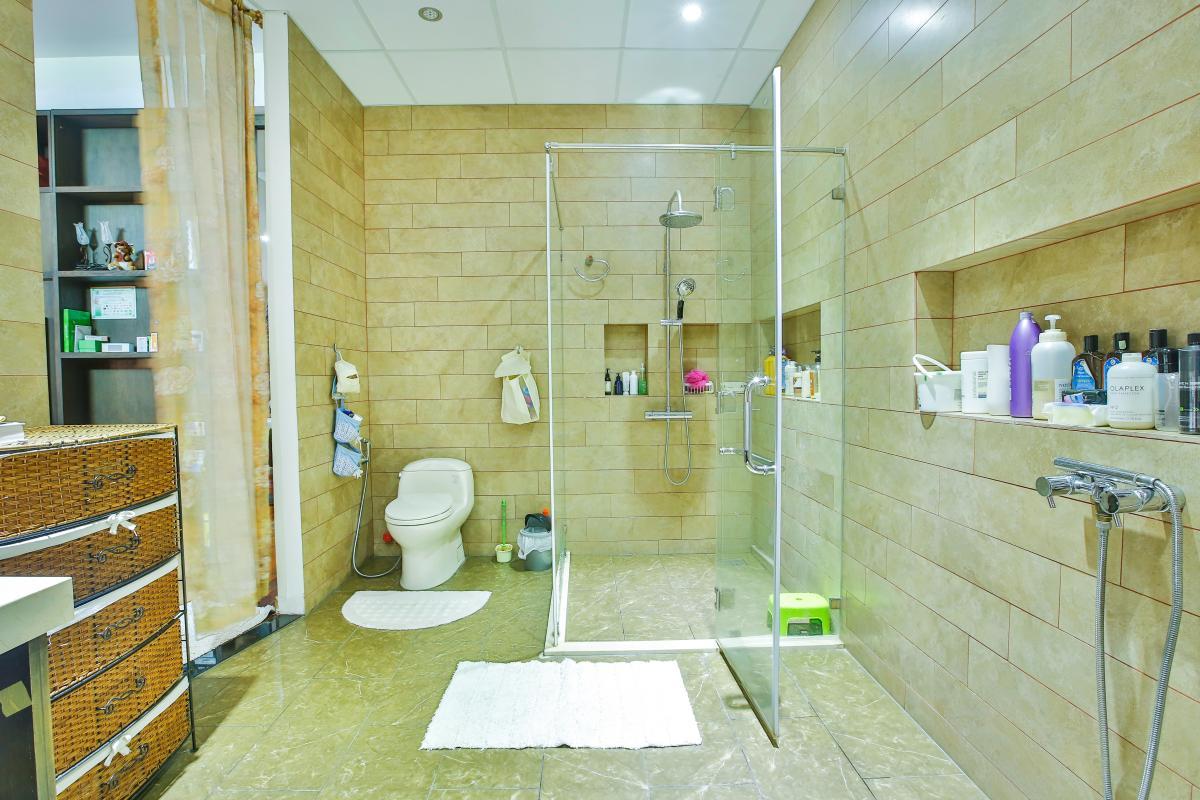 Phòng tắm 1 Villa sân vườn Nam Thông 3