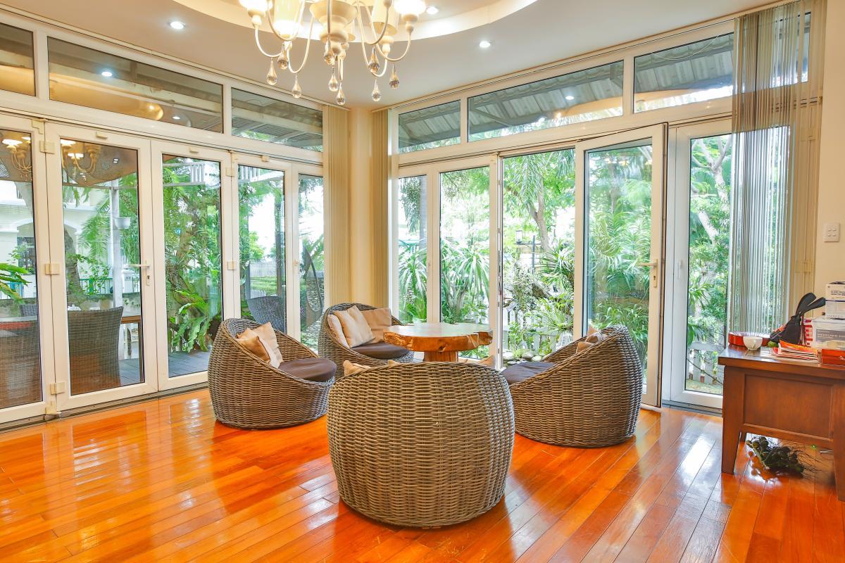 Bộ bàn ghế may phòng khách Villa sân vườn Nam Thông 3