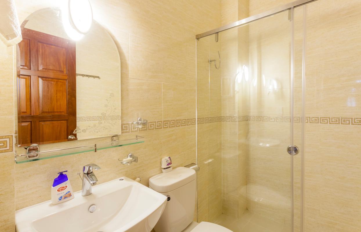 Phòng tắm Villa hướng Tây Bắc Đường 12 Thảo Điền