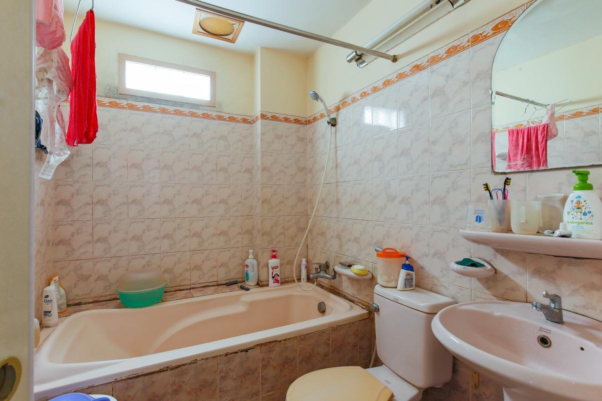 Phòng tắm chung Nhà 4 tầng hai mặt tiền hẻm Hậu Giang Quận 6