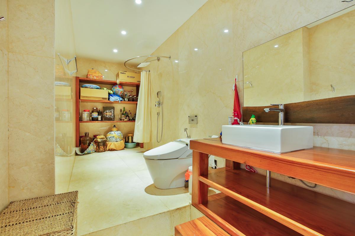 Phòng tắm chính Penthouse hướng Nam Sapphire 1 Sài Gòn Pearl