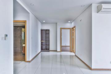 Căn hộ trung tầng tháp A Thảo Điền Pearl, RV1080