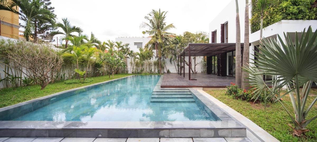 View hồ bơi Villa Lily Thảo Điền Compound