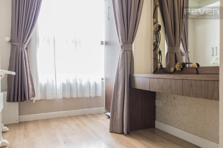 Phòng Thay Đồ Bán căn hộ Icon 56 3PN, tầng thấp, đầy đủ nội thất, đã có sổ hồng