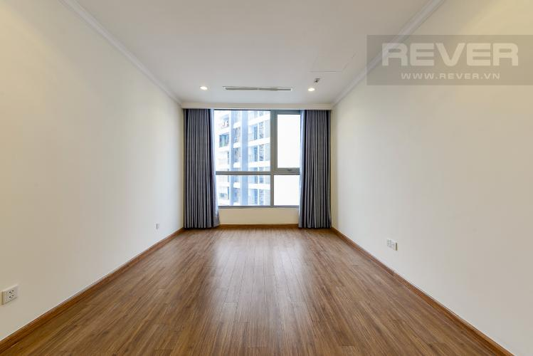 Phong ngủ 1 Căn hộ Vinhomes Central Park tầng cao L1, 3 phòng ngủ nội thất cơ bản