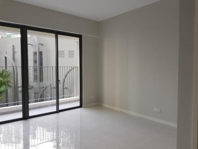 Bán căn hộ officetel Masteri An Phú, tầng thấp, tháp A, diện tích 46m2, không có nội thất, view hồ bơi