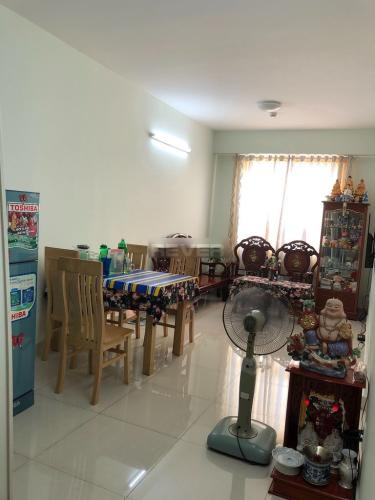 Phòng khách Topaz City Quận 8 Căn hộ Topaz City hướng Tây Bắc, đầy đủ nội thất, view thoáng.
