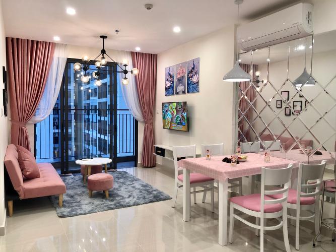 Phòng khách Vinhomes Grand Park Quận 9 Căn hộ Vinhomes Grand Park đầy đủ nội thất, hướng nội khu.