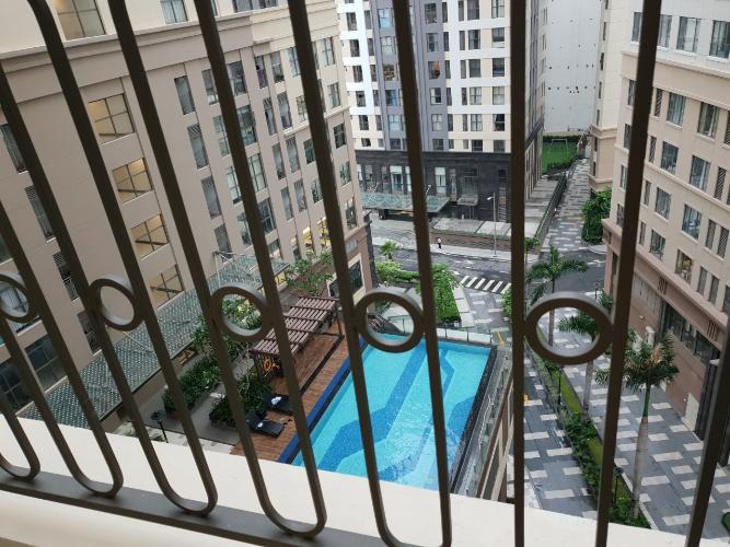 View hồ bơi Saigon Royal Quận 4 Căn hộ Saigon Royal đầy đủ nội thất, view nội khu hồ bơi.