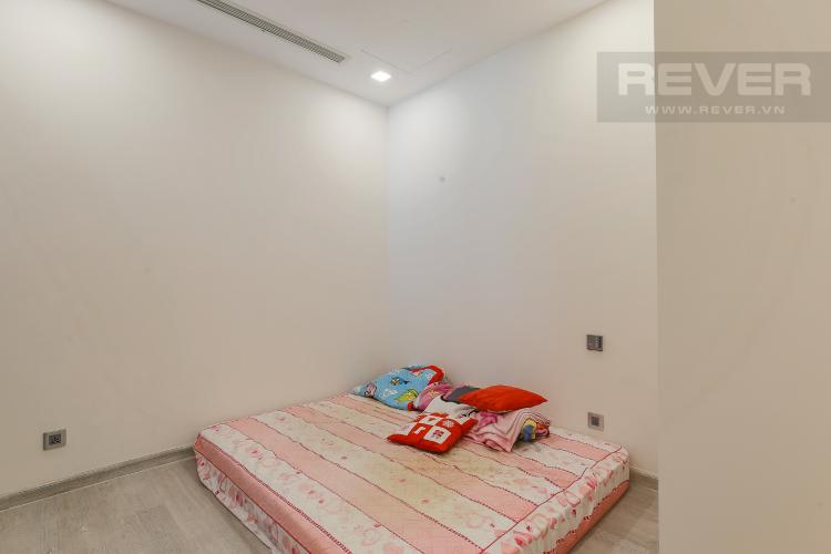 Phòng Ngủ 2 Bán căn hộ Vinhomes Golden River tầng cao, 2PN, view đẹp