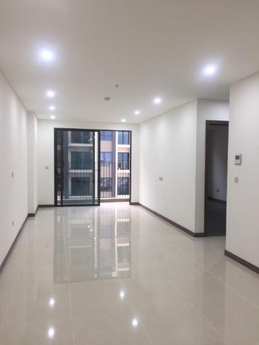 Căn hộ Hado Centrosa tầng cao, view nội khu yên tĩnh.