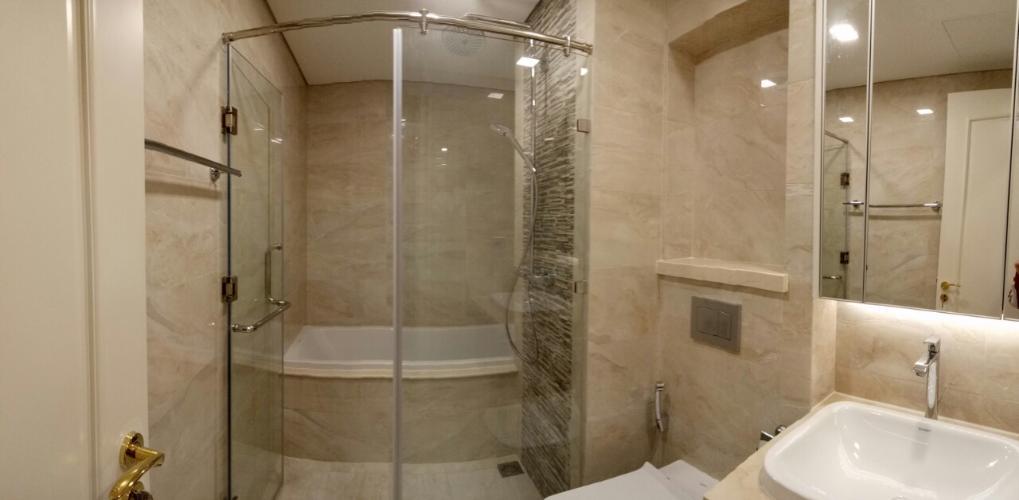 Phòng tắm , Căn hộ vinhomes Golden River , Quận 1 Căn hộ Vinhomes Golden River tầng 24 view thoáng mát, nội thất cơ bản.