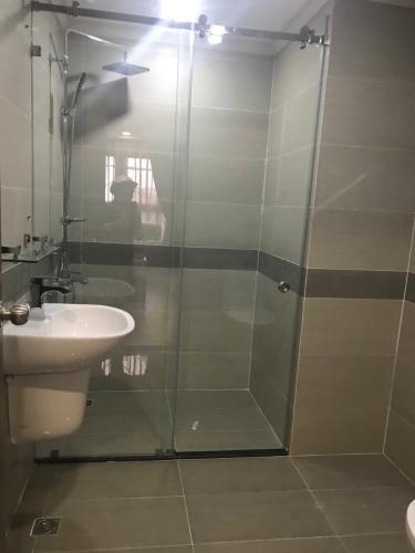 Phòng tắm căn hộ Homyland 3, Quận 2 Căn hộ cao cấp HomyLand Riverside hướng Đông Nam, đầy đủ nội thất.