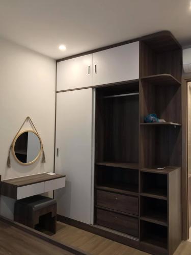 Phòng ngủ căn hộ Vinhomes Grand Park Căn hộ Vinhomes Grand Park đầy đủ nội thất, đón gió và ánh sáng.