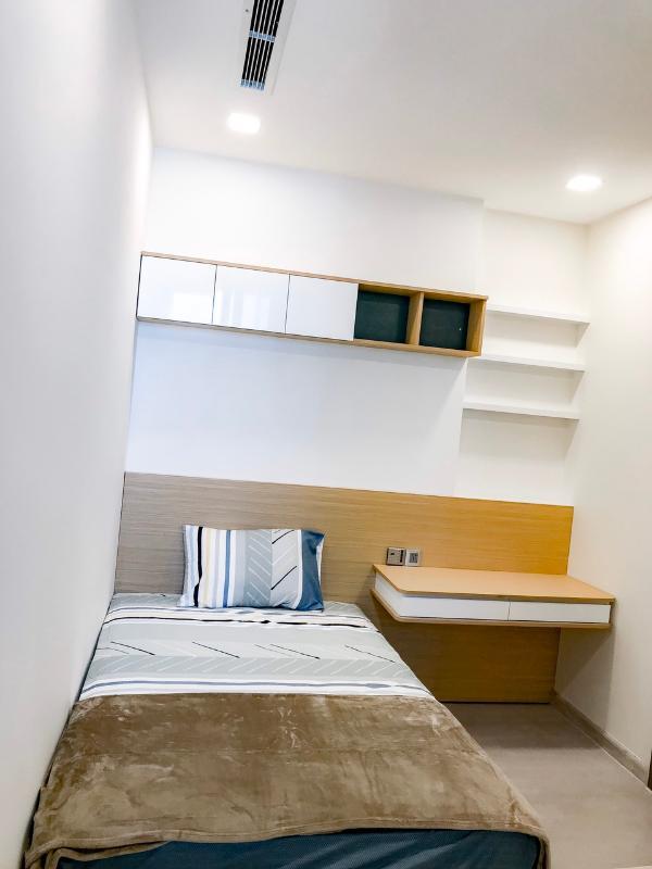 can-ho-VINHOMES-GOLDEN-RIVER Cho thuê căn hộ Vinhomes Golden River 2PN, diện tích 68m2, đầy đủ nội thất, view Landmark 81