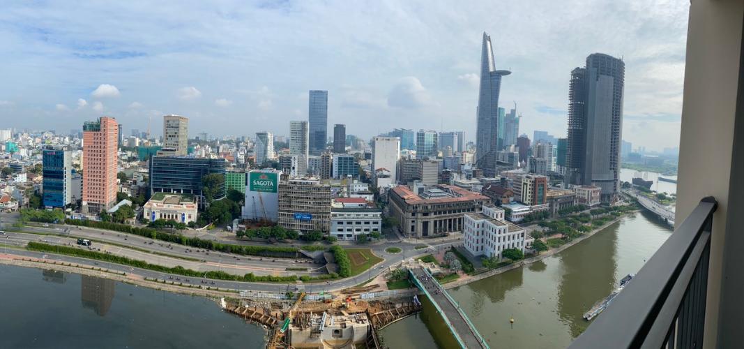 View ban công Saigon Royal Quận 4 Căn hộ Saigon Royal view thành phố và sông, đủ nội thất.