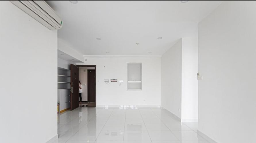 Phòng khách Sunrise CityView, Quận 7 Căn hộ Sunrise City View nội thất cơ bản, view thành phố.