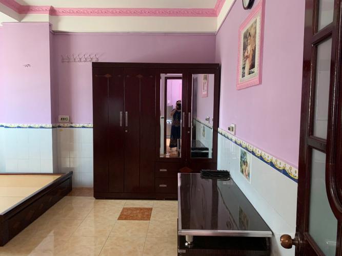 Bán căn hộ tầng thấp chung cư H1 Hoàng Diệu phường 9 quận 4, 2 phòng ngủ, diện tích 81.72m2