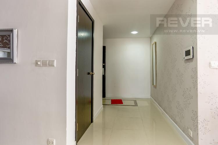 Lobby Căn hộ Sunrise City 3 phòng ngủ tầng cao V5 đầy đủ nội thất
