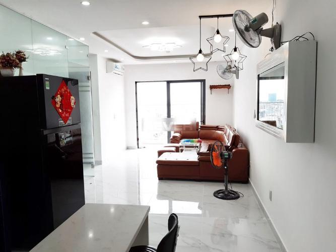 Phòng khách Viva Riverside, Quận 6 Căn hộ Viva Riverside tầng trung, ban công view thành phố sầm uất.