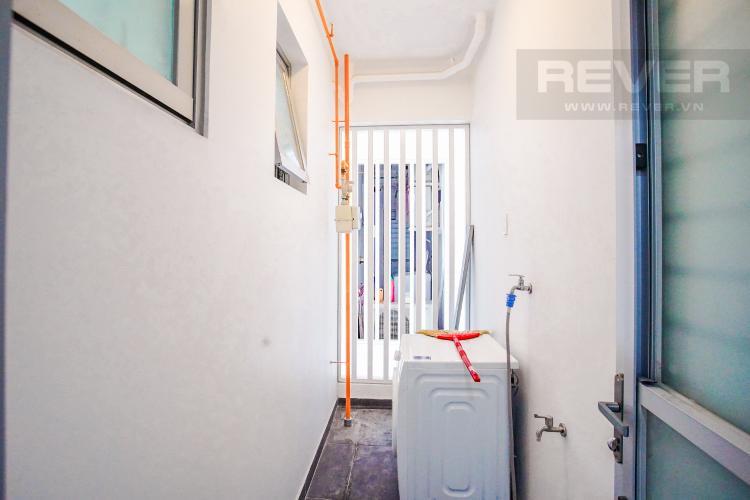 Lô Gia Cho thuê căn hộ Scenic Valley 77m2 2PN 2WC, nội thất tiện nghi, view đường phố