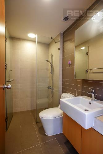 Toilet căn hộ SUNRISE CITY Bán hoặc cho thuê căn hộ Sunrise City 3PN, tháp V4 khu South, đầy đủ nội thất, view nội khu yên tĩnh