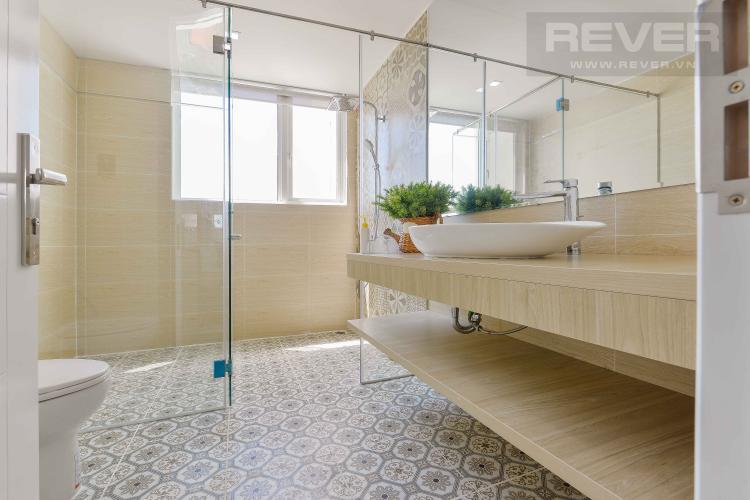 Toilet 2 Căn hộ Vista Verde tầng cao 3 phòng ngủ, diện tích rộng rãi