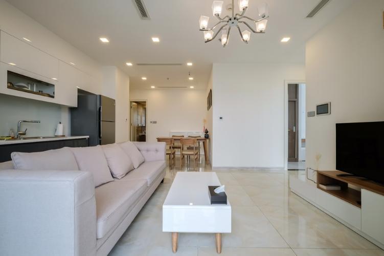 Phòng khách Vinhomes Golden River, Quận 1 Căn hộ tầng trung Vinhomes Golden River đầy đủ nội thất.