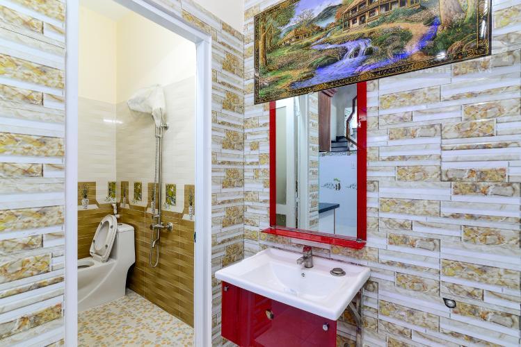 Phòng Tắm 1 Bán nhà phố đường nội bộ Bùi Quang Là, 2 tầng 4PN, nội thất cơ bản, diện tích sử dụng 150m2