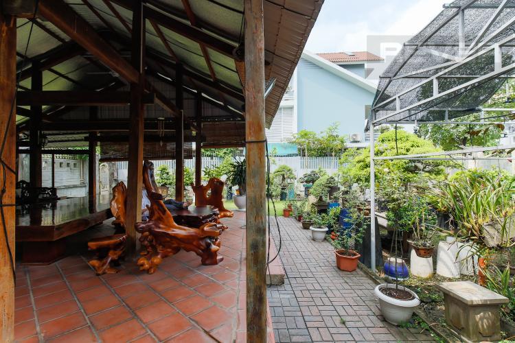 mg3651.jpg Cho thuê mặt bằng 2 mặt tiền 340m2 tại đường Thân Văn Nhiếp, phường An Phú, Quận 2
