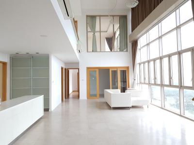 Cho thuê Penthouse The Vista An Phú 4PN, tháp T1, thông tầng, nội thất cơ bản, có sân vườn rộng