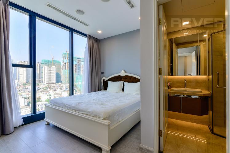 Phòng Ngủ 1 Cho thuê căn hộ Vinhomes Golden River tầng trung, 2PN 2WC, đầy đủ nội thất, view Landmark 81