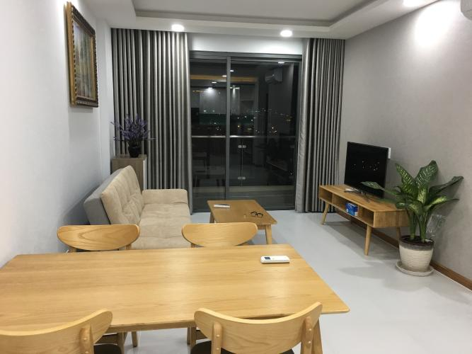 Phòng khách The Gold View, Quận 4 Căn hộ The Gold View đầy đủ nội thất, hướng nội khu.