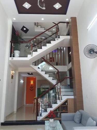 Bán nhà phố đường Đ. Trường Lưu phường Long Trường quận 9, diện tích đất 51.2m2