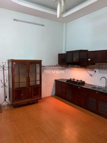 Phòng bếp nhà phố Bình Tân Nhà phố 1 trệt 2 lầu hướng Đông, diện tích sử dụng 120m2.