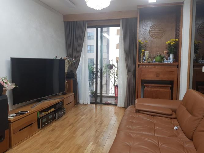 Bán căn hộ Hado Centrosa Garden, diện tích 84m2 gồm 2 phòng ngủ và 2 phòng tắm, thiết kế hiện đại, nội thất đầy đủ.