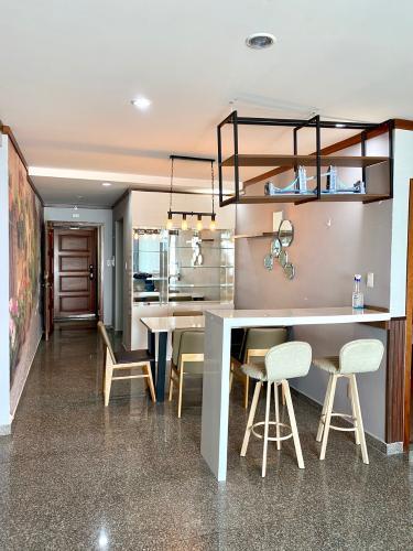 Nhà bếp căn hộ Hoàng Anh Thanh Bình Căn hộ Hoàng Anh Thanh Bình tầng cao, view ngắm trọn thành phố.