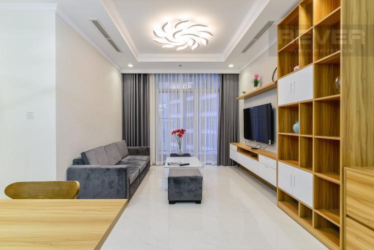 Phòng Khách Cho thuê căn hộ Vinhomes Central Park tầng cao, 2PN đầy đủ nội thất, tiện nghi, view nội khu