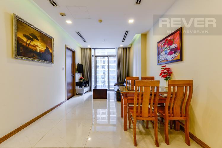 Bàn ăn Bán căn hộ Vinhomes Central Park 2PN tầng trung, view sông, đầy đủ nội thất
