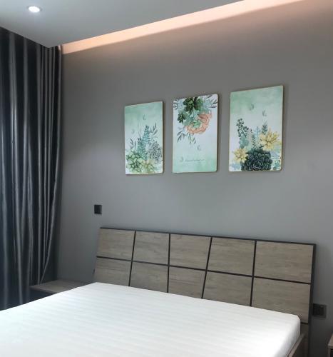 Phòng ngủ căn hộ Feliz En Vista Bán căn hộ Feliz En Vista nội thất đầy đủ, ban công thoáng mát.